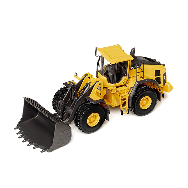 Maquette Chargeuse Volvo L180H 1:50