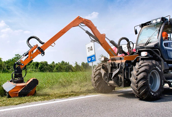 Tracteur de manutention TRE EMME Merlo